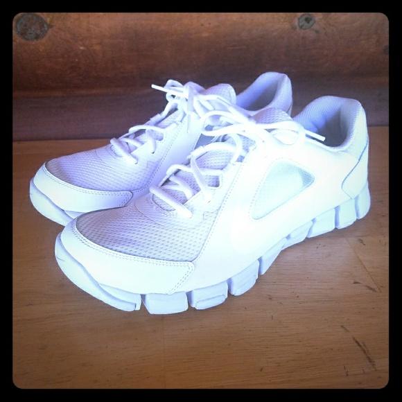 3d8eefa08d840 Men s Nike Flex Show TR 2 White Running shoes